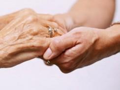 Personnes âgées : les enjeux du maintien à domicile